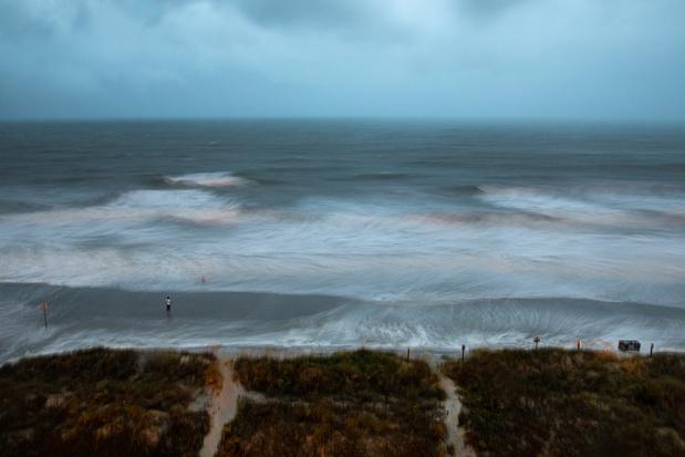 USA : l'ouragan Isaias s'abat sur la Caroline du Nord