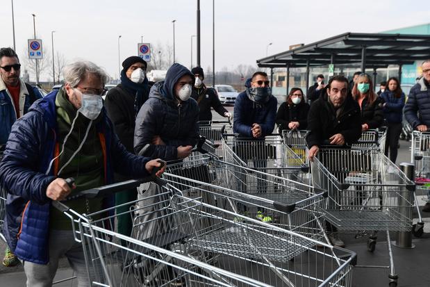 Coronavirus: l'Italie met 11 villes en quarantaine, avec interdiction d'entrer et sortir de la zone