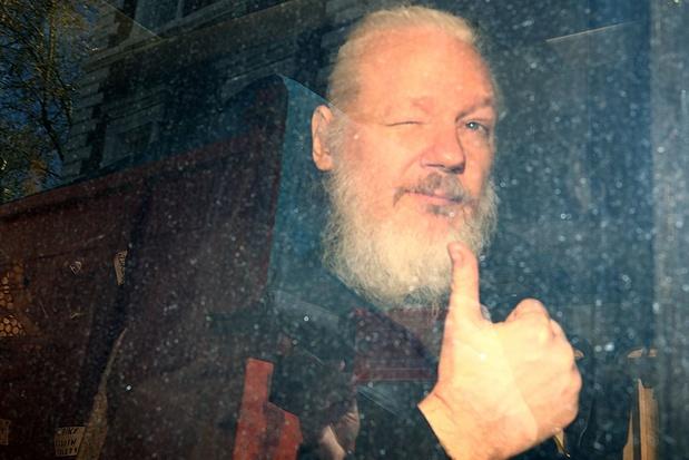 """Arrestation d'Assange: """"une vengeance personnelle"""" du président équatorien, accuse son prédécesseur"""