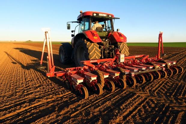 Brexit: la Commission prête à aider les agriculteurs en cas d'absence d'accord