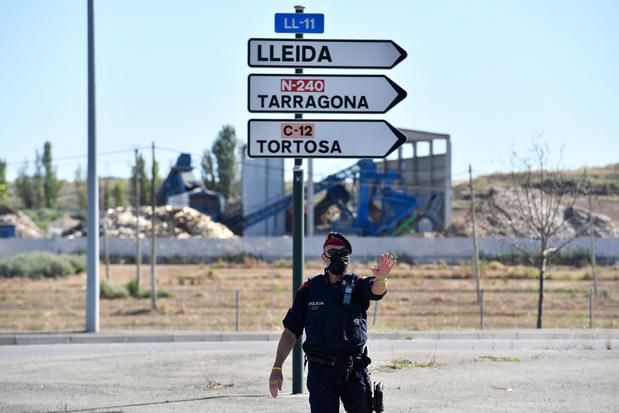 L'Espagne reconfine une zone de 200.000 habitants, mais s'ouvre largement aux visiteurs