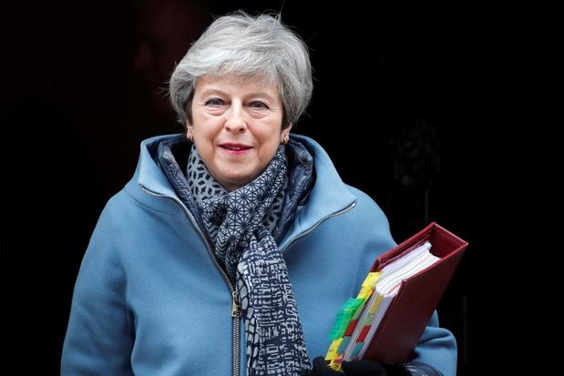 Brexit: Theresa May demande un report jusqu'au 30 juin