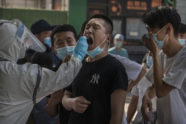 """Pékin: la situation vis à vis du coronavirus est encore """"grave et complexe"""""""