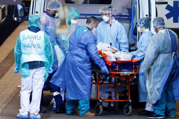 Coronavirus en France: 365 décès en 24 h dont une jeune fille de 16 ans