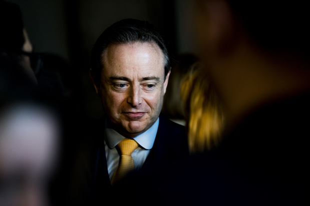 Formation fédérale: Bart De Wever fait aussi de la question de l'avortement un point de rupture
