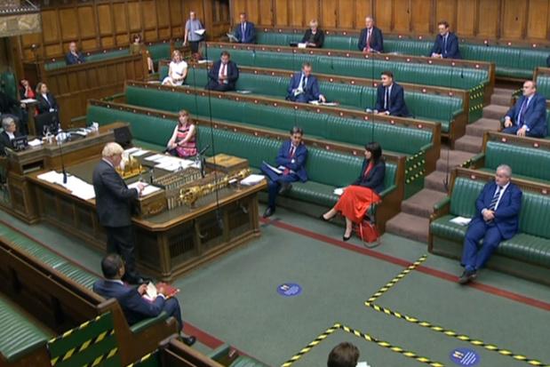 Les députés britanniques donnent leur approbation initiale au texte controversé de Johnson