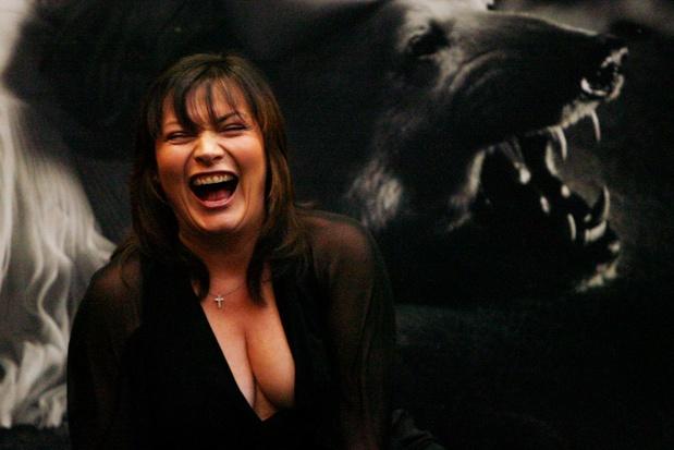 """Lorraine Kelly, la présentatrice télé dont le job est une """"variation publique"""" de sa personnalité réelle"""