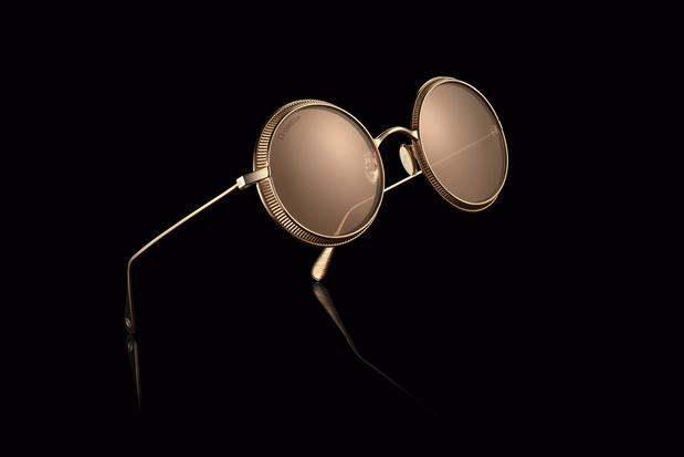 Omega lance une ligne de lunettes de soleil