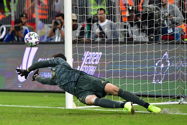 Le Real, avec Courtois et Hazard, se joue d'Alavés et se rapproche du titre