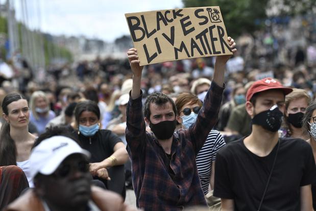Des milliers de personnes se sont rassemblées contre le racisme en Belgique