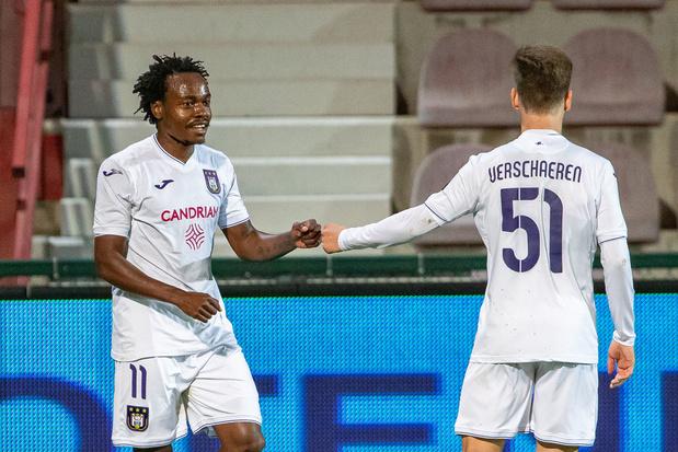Officieel: Anderlecht neemt na half seizoen afscheid van Percy tau
