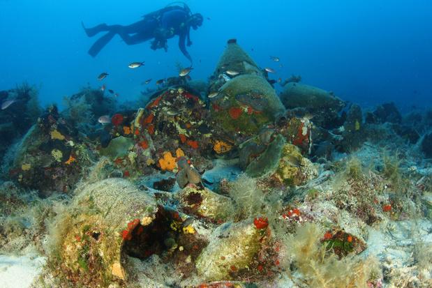 Grèce: l'îlot de Persistera, acropole des épaves ouvertes aux plongeurs (vidéo)