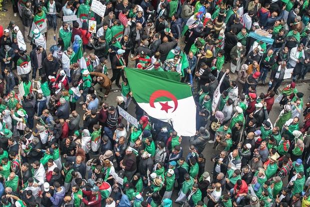 En Algérie, incertitude sur qui assurera l'intérim de Bouteflika