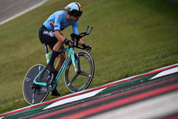 Mondiaux de cyclisme: Wout van Aert remporte l'argent au contre-la-montre