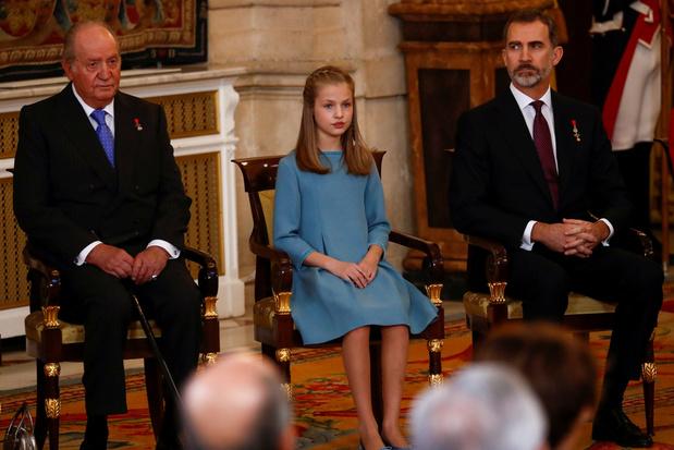 Coup de tonnerre en Espagne: le roi Felipe renonce à l'héritage de son père et lui retire sa dotation