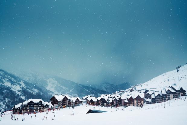 France: les stations de ski ouvertes à Noël mais les remontées mécaniques fermées