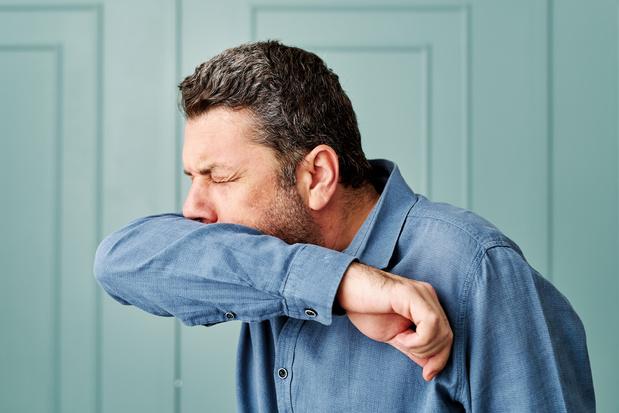Covid : Trois symptômes surviennent dans 85% des cas