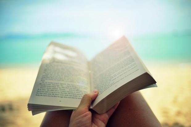 À la p(l)age: les livres d'été préférés de nos trois libraires