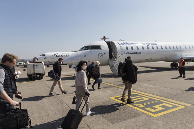 Le coronavirus pourrait réduire de 1,2 milliard le nombre de passagers aériens