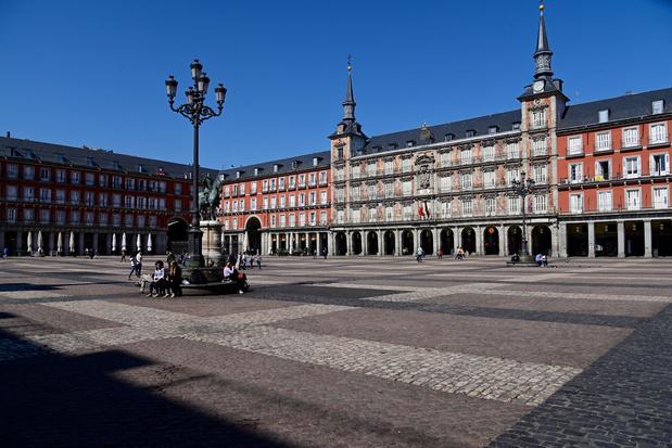 Espagne: 1.500 nouveaux cas de coronavirus, plus de 5.700 au total