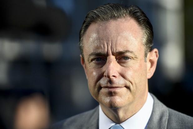"""Anvers : """"La guerre perdue de Bart De Wever contre la drogue"""""""