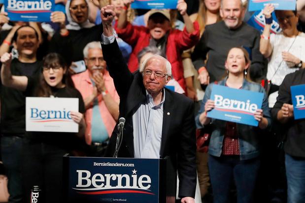 Bernie Sanders consolide sa place de favori des primaires démocrates