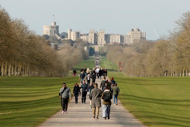 Frappées par le coronavirus, les résidences royales britanniques suppriment des emplois