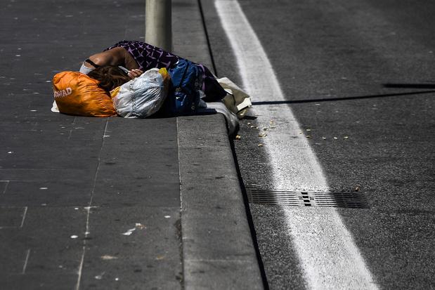 """En Italie, les """"nouveaux pauvres"""" du coronavirus"""