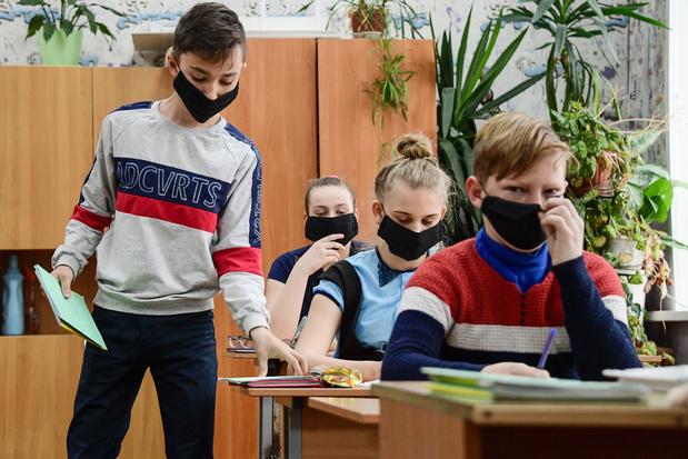 Coronavirus : la Russie, deuxième pays le plus touchés en nombre de cas, se déconfine