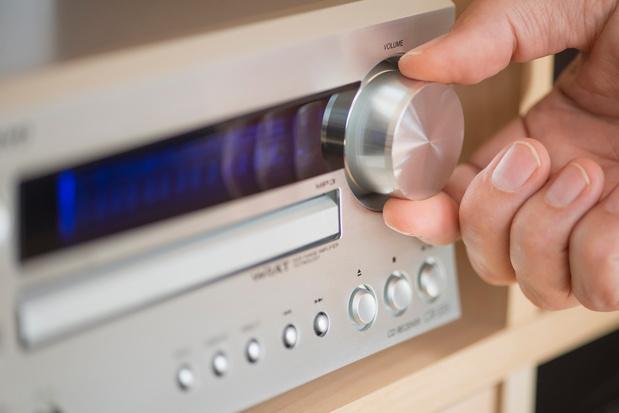 Fréquences radio: le Conseil d'Etat suspend l'attribution de licences à Fun Radio, LN24 et NRJ