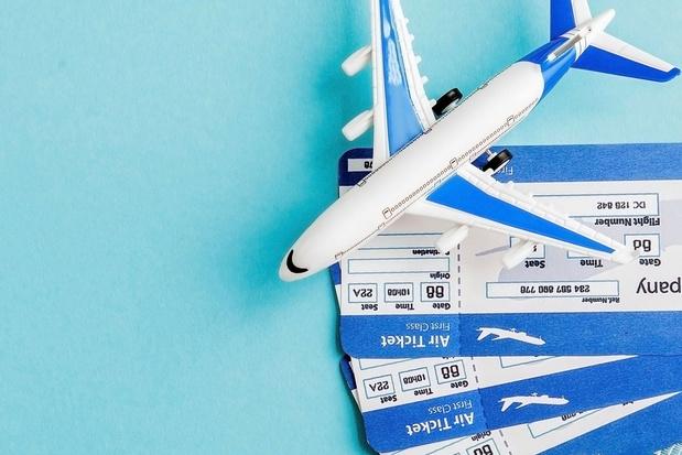 Les voyageurs beaucoup plus prudents pour réserver leur vol qu'en avril