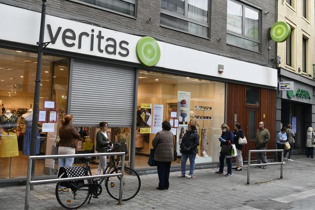 Après l'explosion des ventes en ligne (+3000%), c'est la ruée chez Veritas