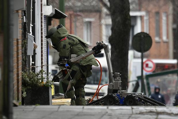 Explosion de grenades à Anvers: un immeuble touché