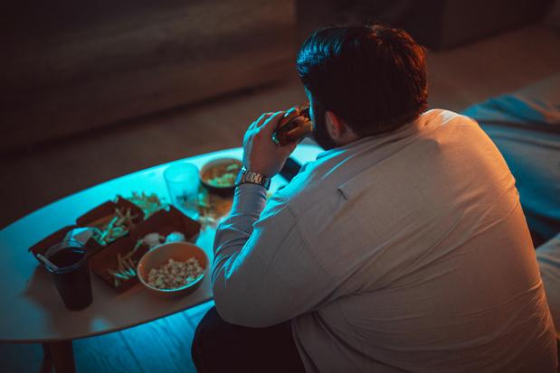 Tabac, alcool, nourriture, cannabis, jeux: Comment les addicts vivent-ils leur dépendance pendant le confinement?
