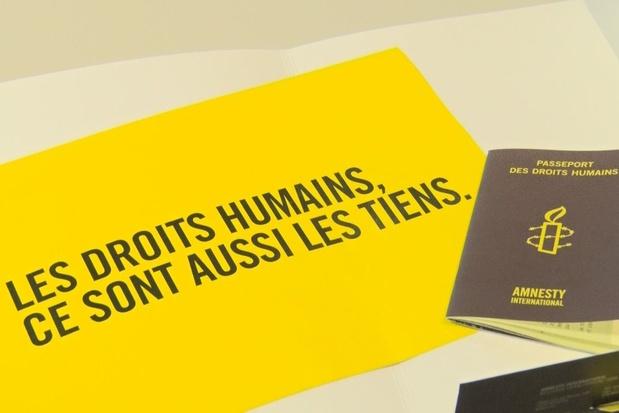 Amnesty dénonce le racisme de la police pour faire respecter le confinement