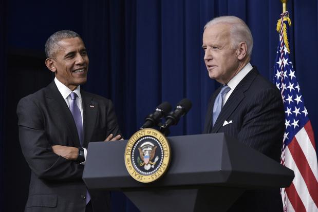 """Obama : Biden est capable de guider l'Amérique à travers les """"heures les plus sombres"""""""