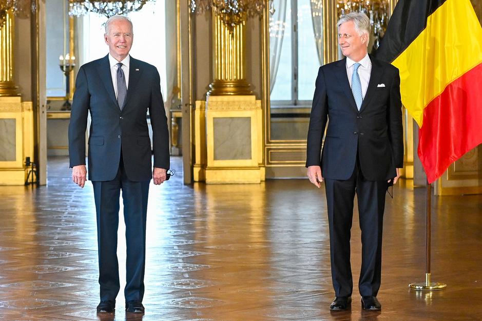 Le président américain Joe Biden au palais royal et dans le quartier européen (en images)