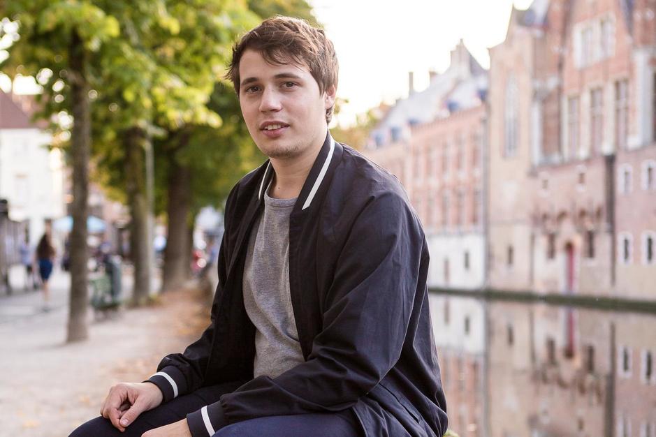 """Kobe Gregoir (24) klaar om jazzscene te veroveren: """"Ik wil bijdragen aan de muziekwereld in Brugge"""""""