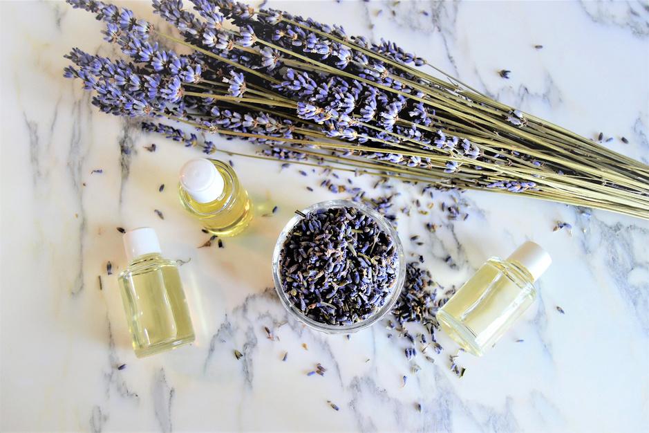 La lavande, nouveau chouchou de l'industrie cosmétique (shopping beauté)