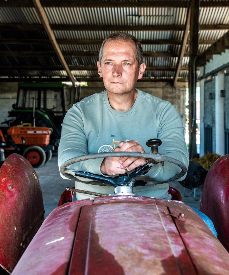 """Karl Vannieuwkerke over de weggevallen sportzomer: """"Het is nu vooral boer Karl, ja"""""""