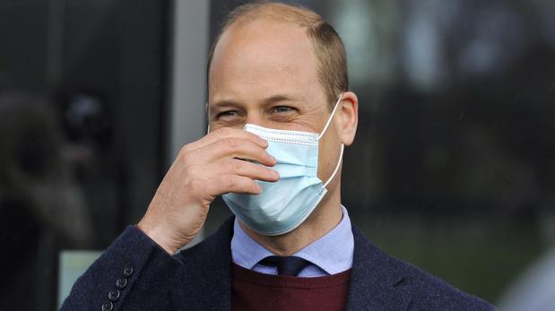 La photo du prince William se faisant vacciner fait le buzz