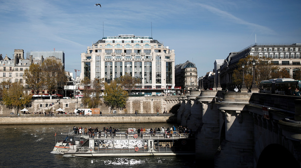 A Paris, la mythique Samaritaine rouvre ses portes après 16 ans de fermeture