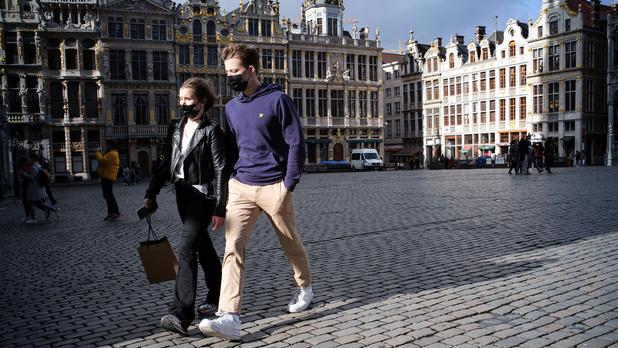 Bruxelles lève le port du masque généralisé