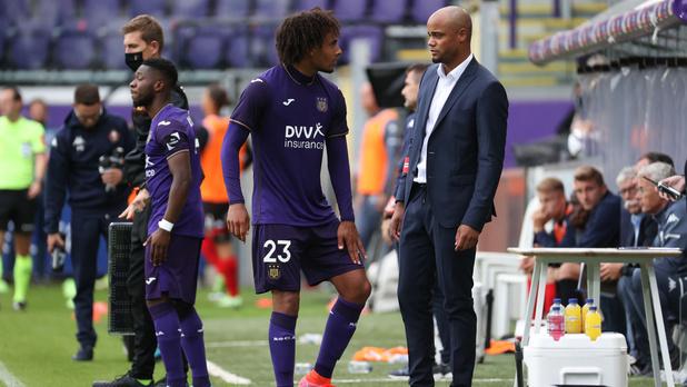 Anderlecht tient sa première victoire en championnat : 3-0 contre Seraing