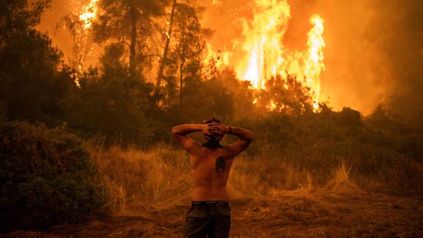"""""""Une alerte rouge pour l'humanité"""": ce qu'il faut retenir du rapport choc du GIEC sur le climat"""