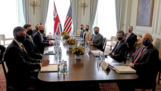 Comment répondre aux menaces mondiales, question au centre de la réunion du G7