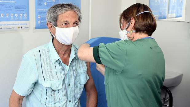 Vaccination : Marius Gilbert optimiste sur l'évolution de l'épidémie