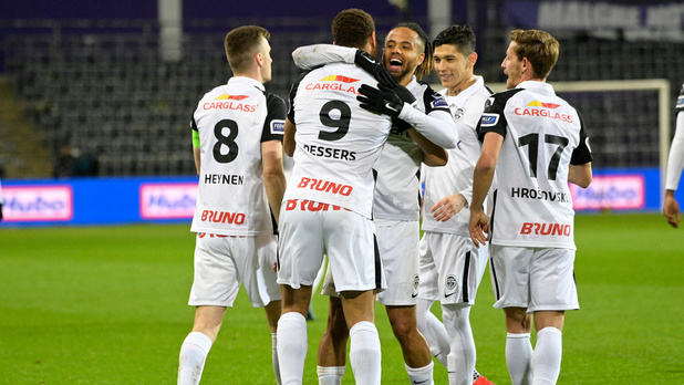 Genk s'impose à Anderlecht et revient à deux points du Club de Bruges