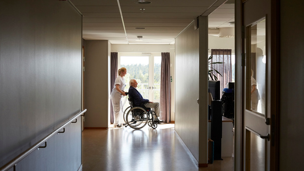 """Maisons de repos bruxelloises: seulement deux employés sur trois vaccinés, """"une bombe à retardement"""""""