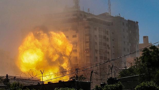 Frappe israélienne sur l'immeuble d' Al-Jazeera et Associated Press à Gaza